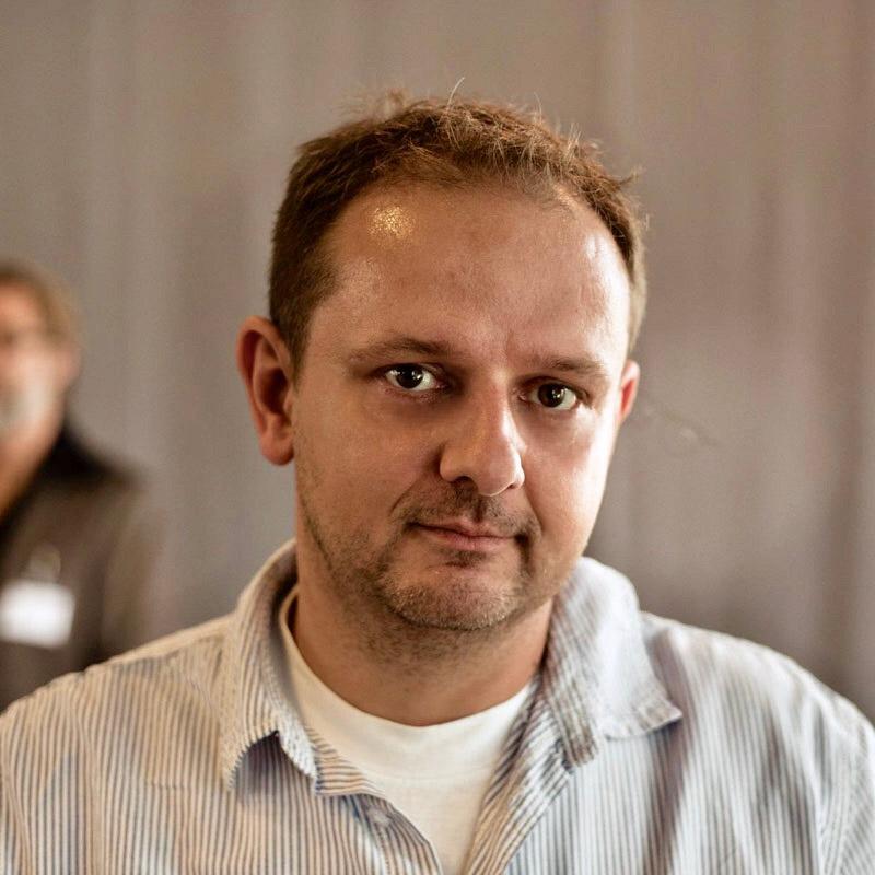 Enrico Schreiber - Ihr Ansprechpartner für Steinmetzarbeiten bei Lei - Einfach & Anders